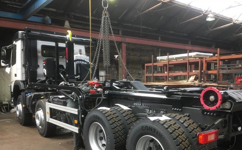 Multilift XR24S Hook Loader